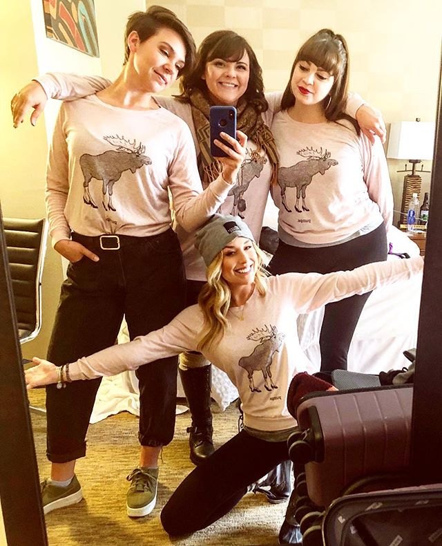 Would a #PumpsComedy selfie session be complete without a mirror pic?! featuring our new team shirts! #Alaska #Comedy #improvfestival #girlfriends
