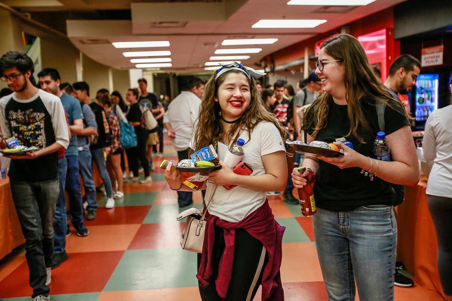 UTEP students took a break from studying for an evening filled with games, dancing, delicious food and great company during Up All Night on Tuesday, May 14.