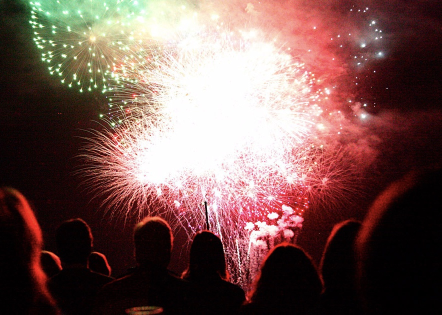 Fireworks off Owatonna's port bow every July 4th and Lighted Boat Parade in December .