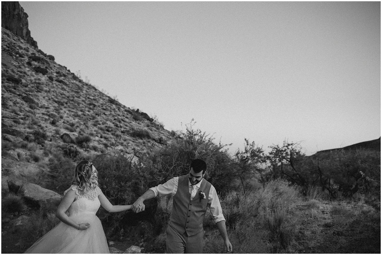 Mojave Desert Elopement (65).jpg