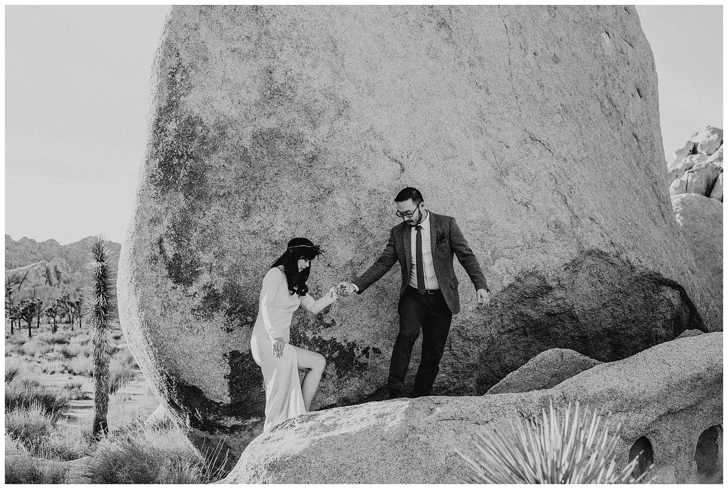 Joshua Tree Park Engagement (20).jpg