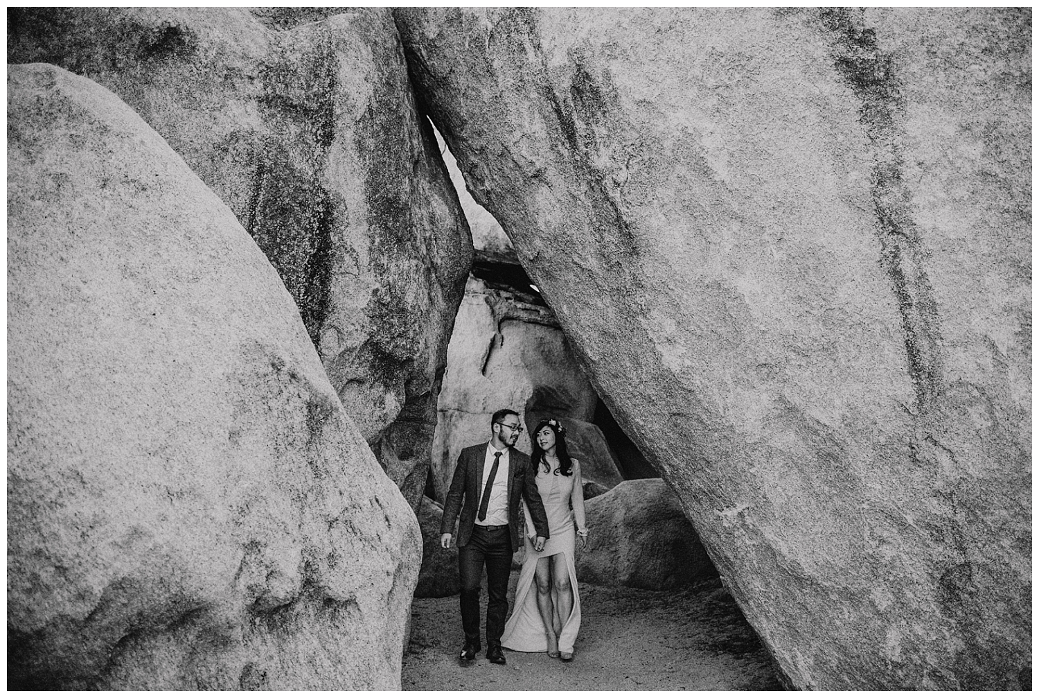 Joshua Tree Park Engagement (30).jpg