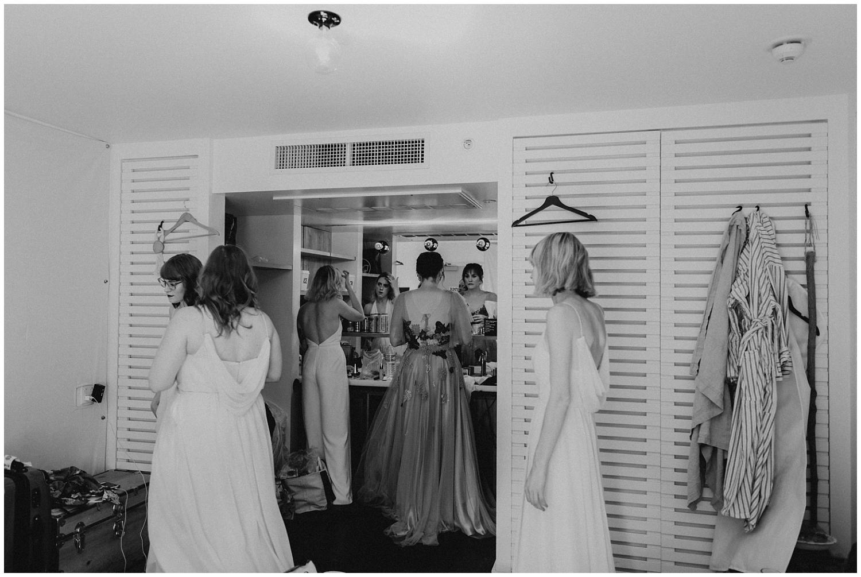 Ace-Hotel-Palm-Springs-Wedding 0007.jpg