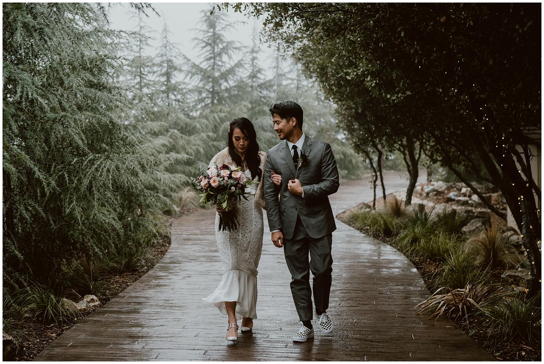 Serendipity-Gardens-Oak-Glen-Wedding-0093.jpg