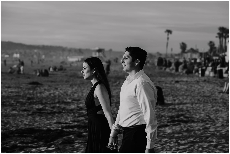 San-Diego-Beach-Engagement-0038.jpg