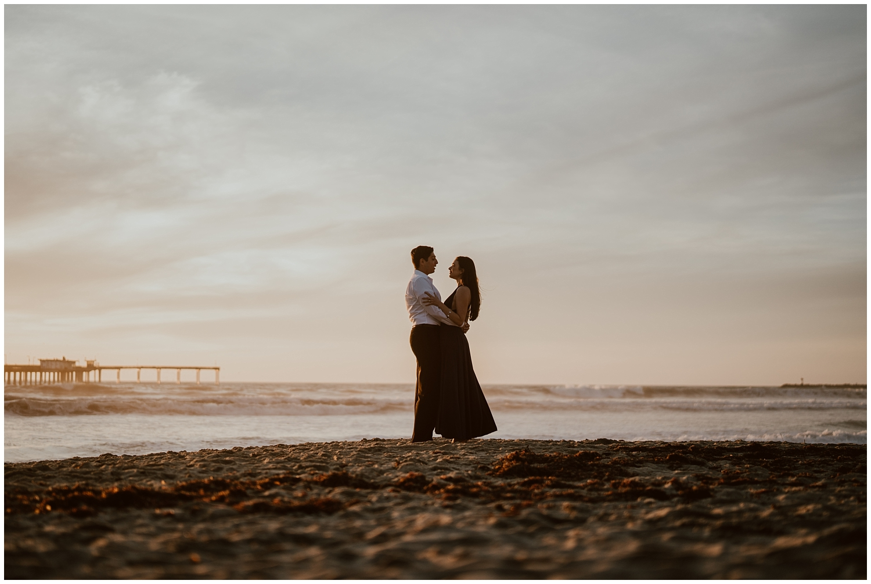 San-Diego-Beach-Engagement-0040.jpg