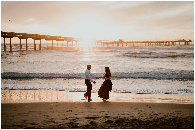 San-Diego-Beach-Engagement-0041.jpg