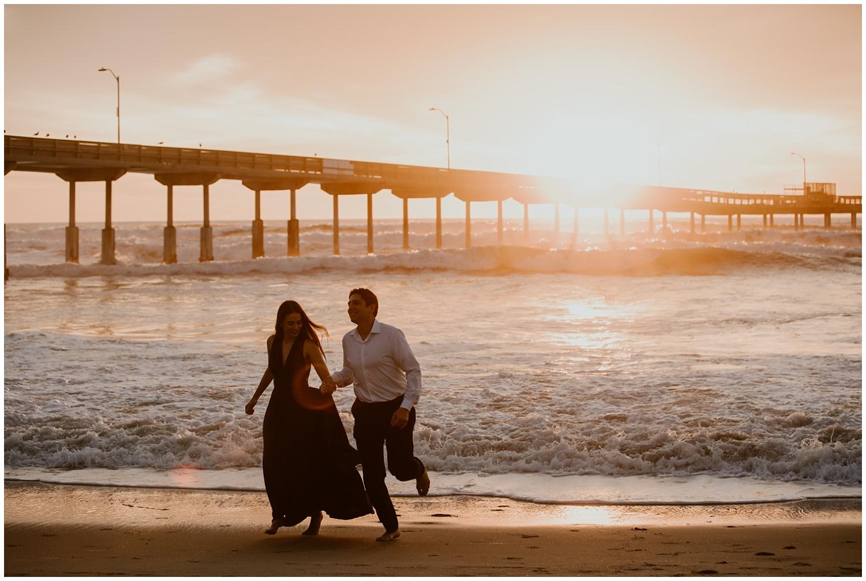 San-Diego-Beach-Engagement-0043.jpg