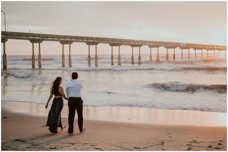 San-Diego-Beach-Engagement-0047.jpg