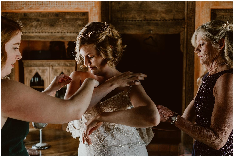 Le-Haut-Desert-Aerie-Wedding-0032.jpg