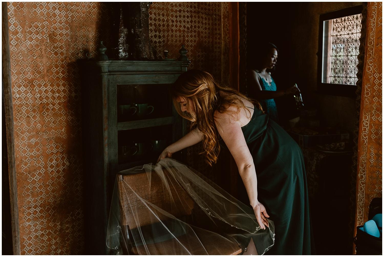 Le-Haut-Desert-Aerie-Wedding-0034.jpg