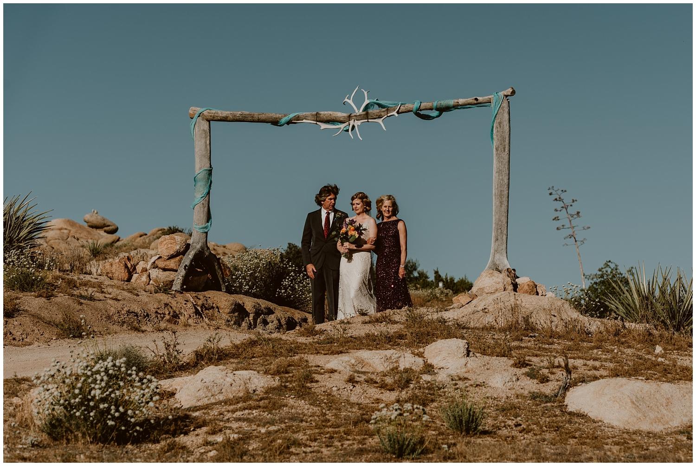Le-Haut-Desert-Aerie-Wedding-0083.jpg