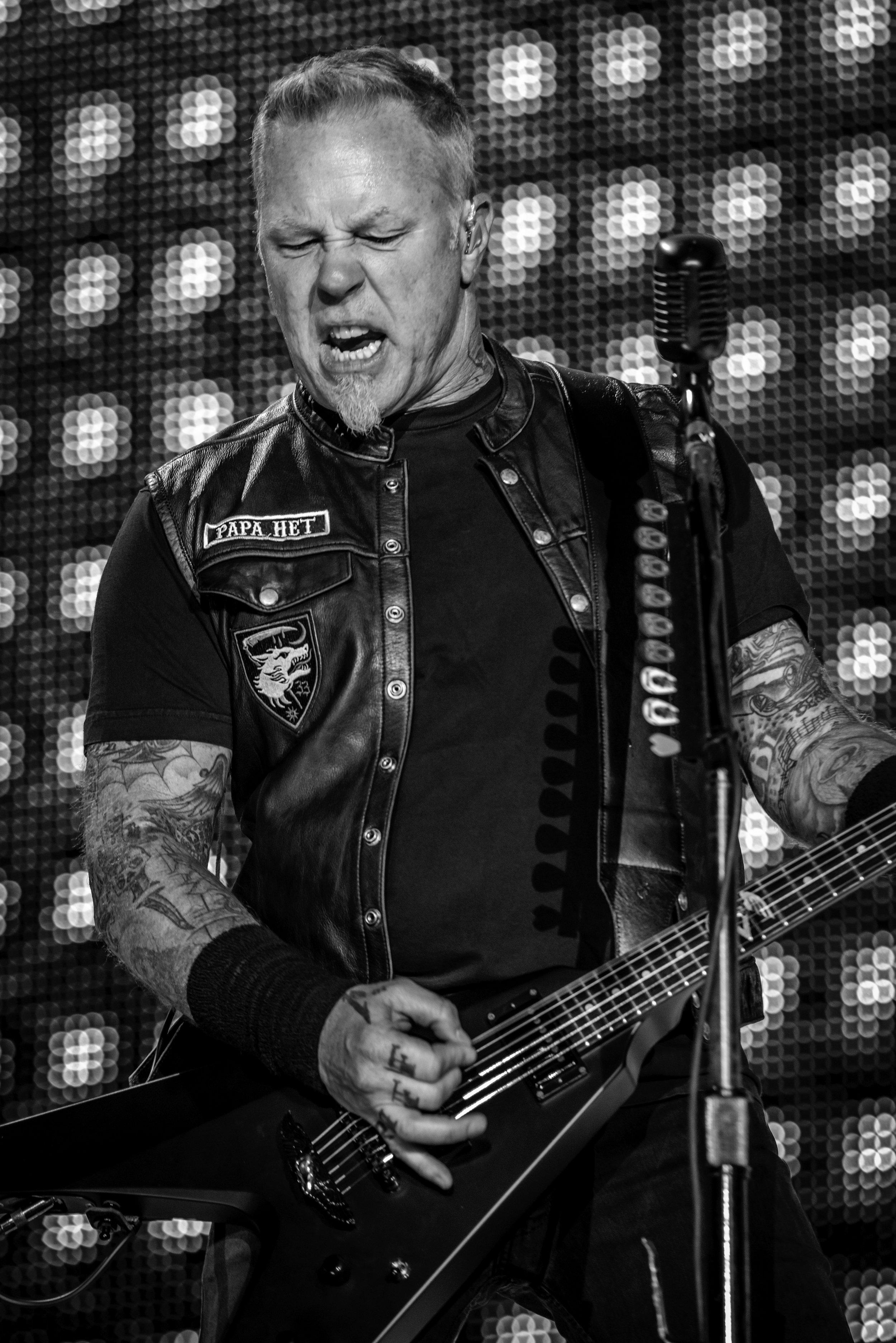 Metallica-2.jpg