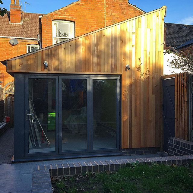 Finishing touches to a cedar clad extension #house #cedar #cedarcladding #glass #doors# openspace#design #smallspaces #wowdevelopments #birmingham #birminghambuilders #wood #materials #build #smallcanbebeautiful