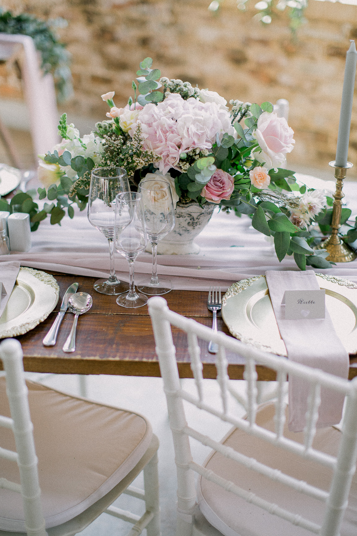 lace on timber wedding_002.jpg