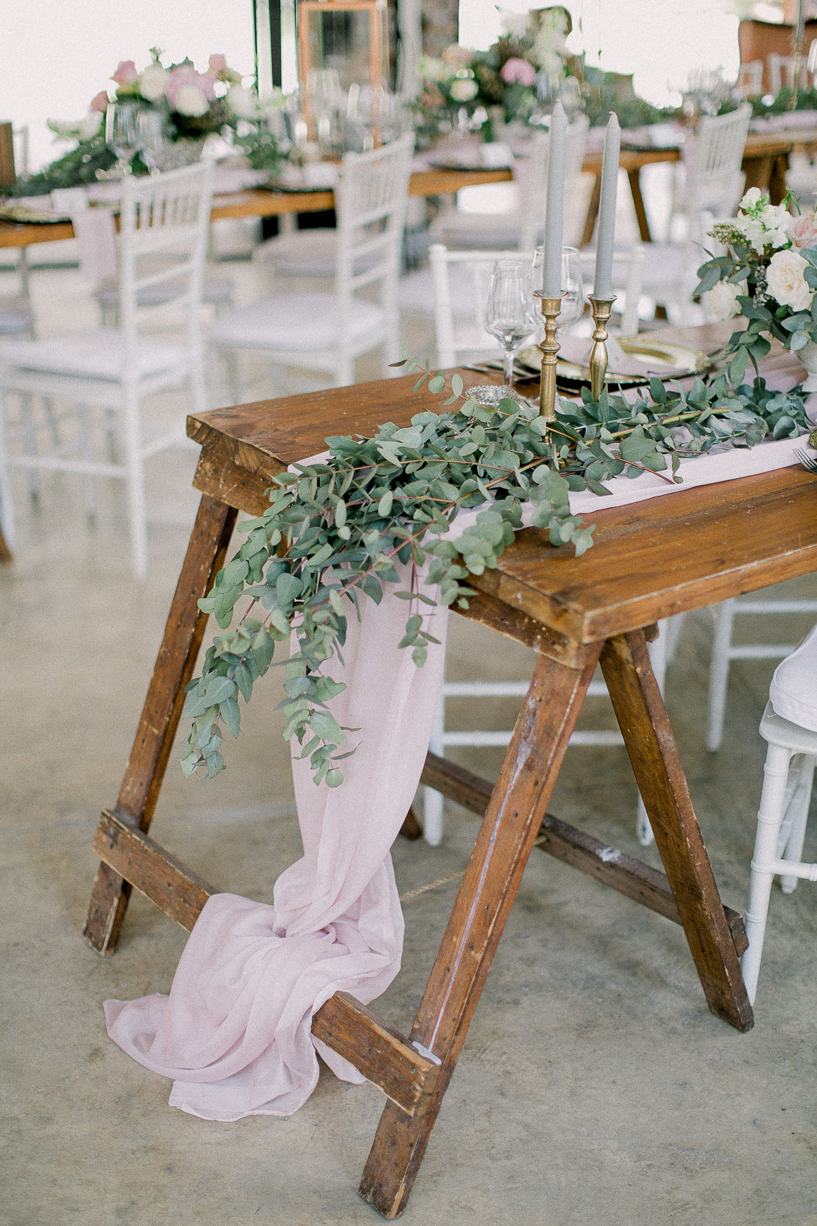 lace on timber wedding_025.jpg