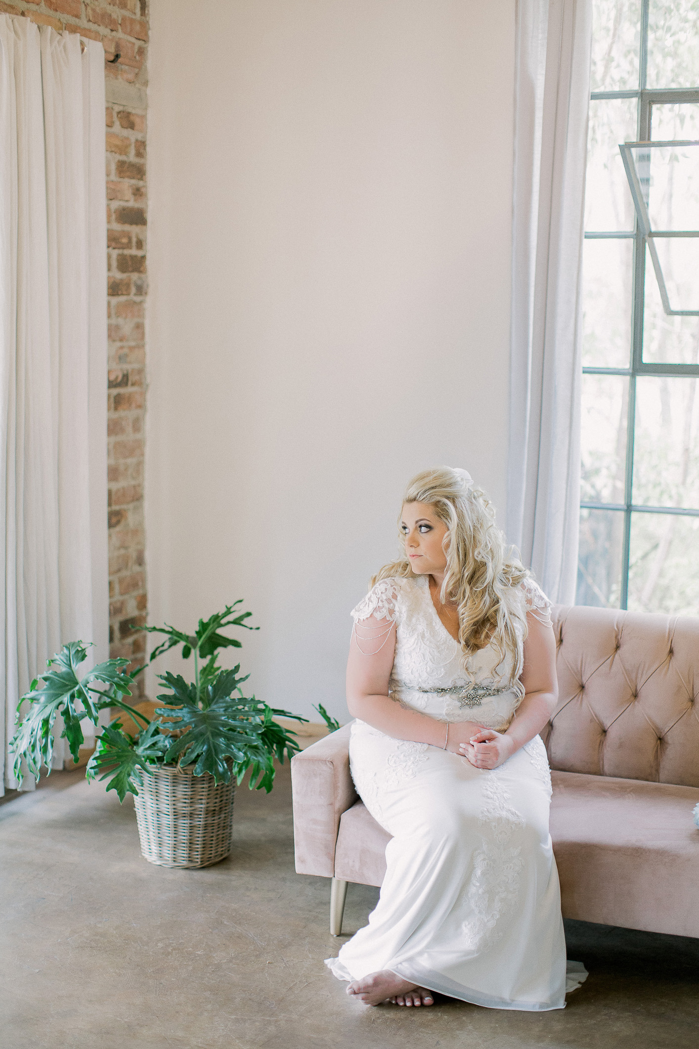 lace on timber wedding 2018 clareece smit photography016.jpg