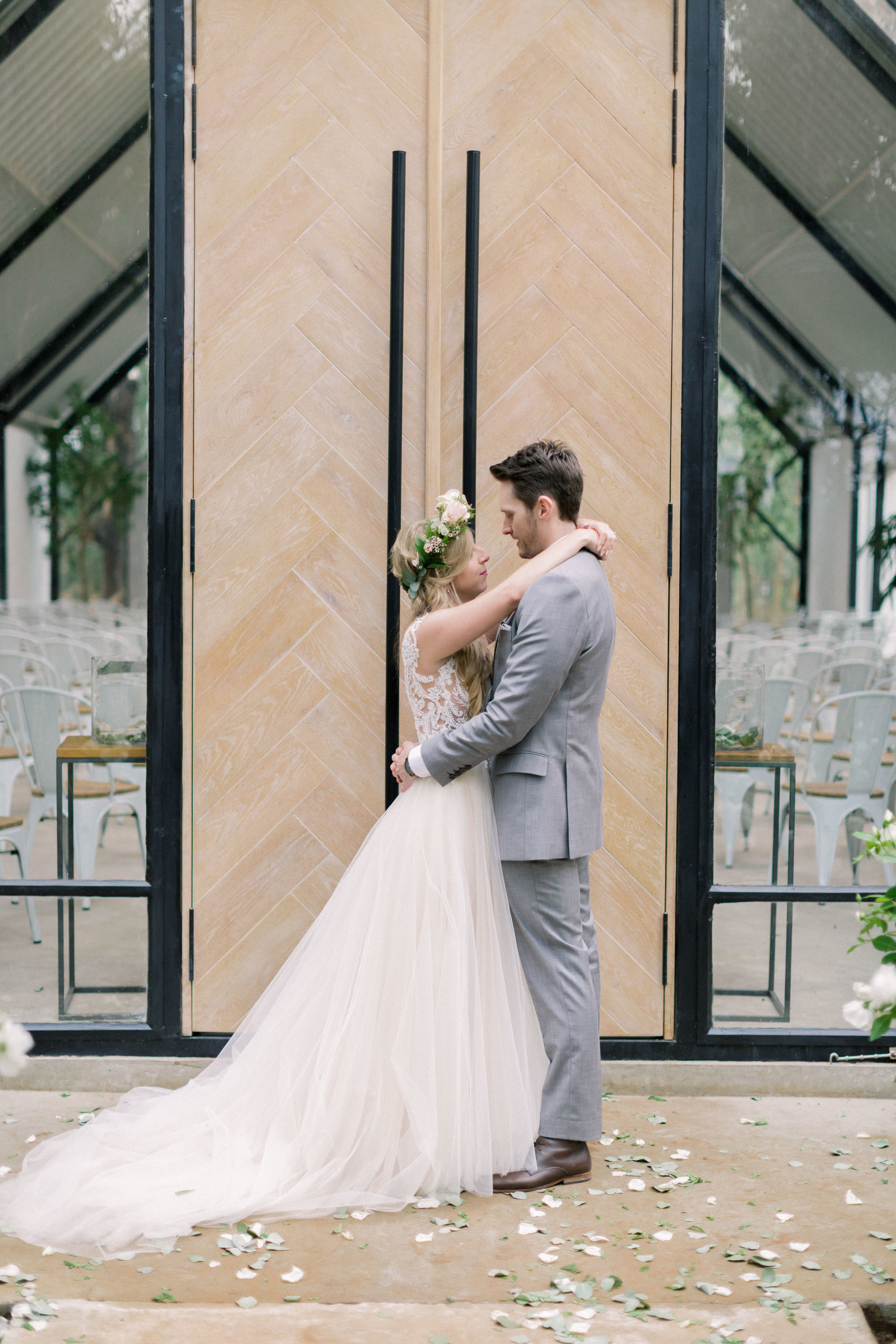 lace on timber wedding 2019042.JPG
