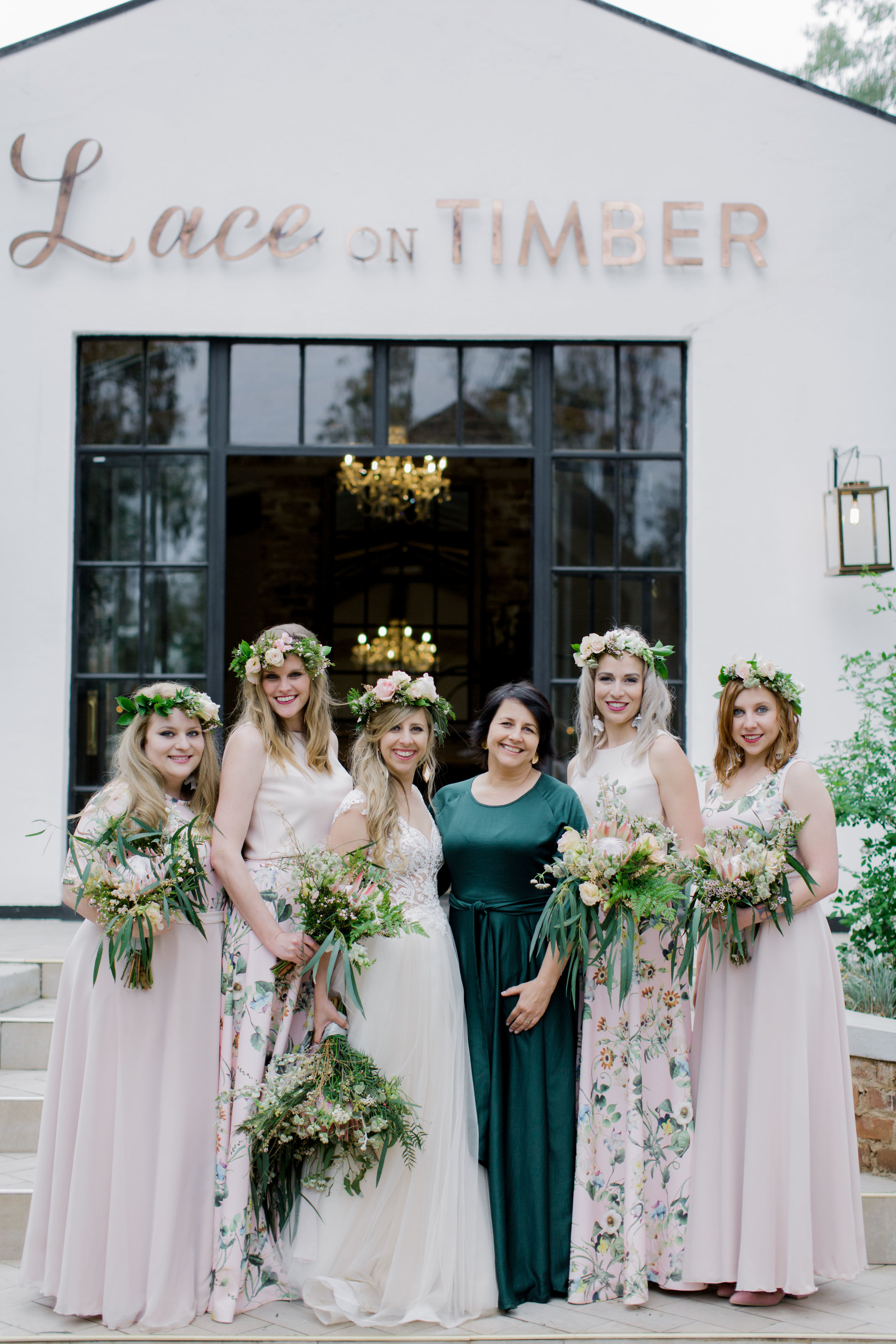 lace on timber wedding 2019048.JPG