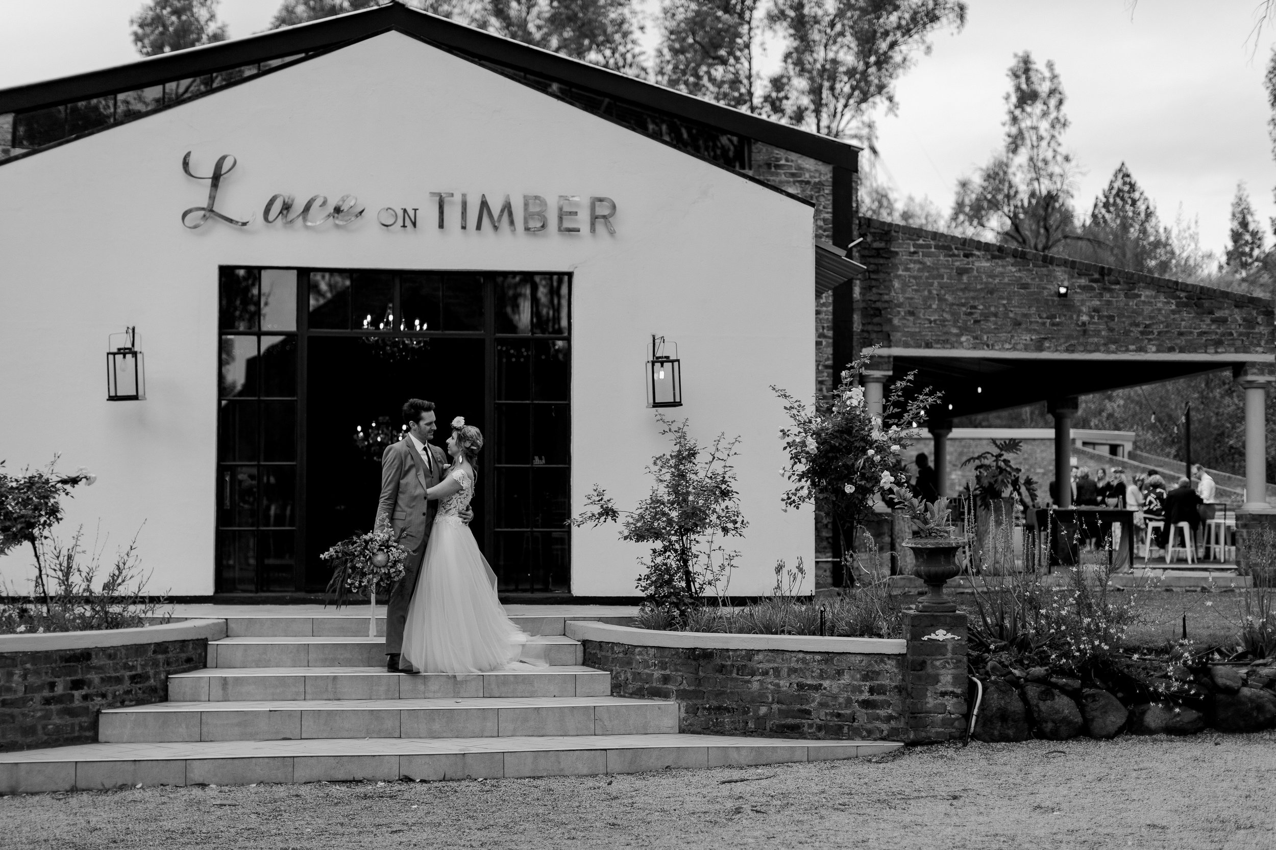 lace on timber wedding 2019049.JPG