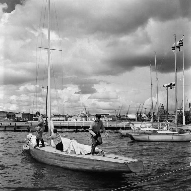 Mahdollisesti FIN-17 Marilyn lähdössä Valkosaaresta 1966 (kuva  V. von Bonin, HKM / Finna ,  CC BY-ND 4.0 )