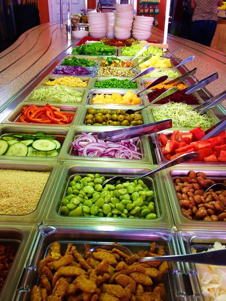 salad-bar-lunch-keene-country-life