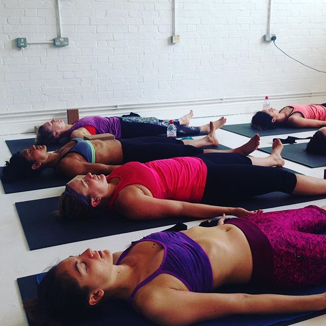 Two more CatCow 🐱 🐮 classes this coming weekend! Two lovely long ways to chill 🧘♀️. I'll be again @energiewoolwich on Saturday at 10:30am and I'll be back at Plumcroft for @ruthhawkinsyoga on Sunday 🙏🏽. Give me shout if you are coming🙌🏻🙌🏻