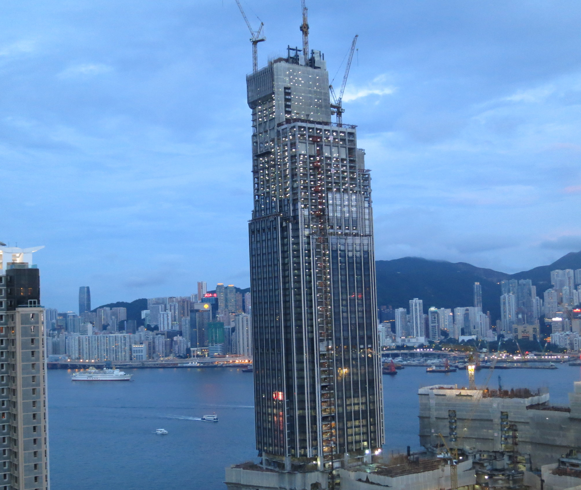 Skyscraper construction, Hong Kong