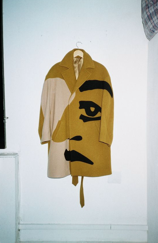 want this coat!.png