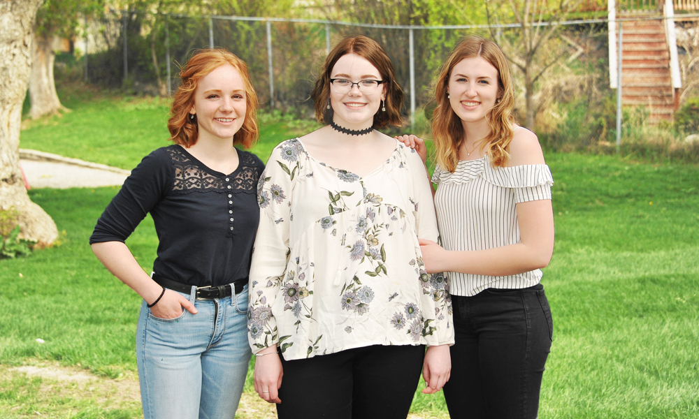 2018 grads: Michaela Eckersley, Anna Ruoss and Andrea Byford— Photo by Cassidy Shankowsky, Cranbrook Photo