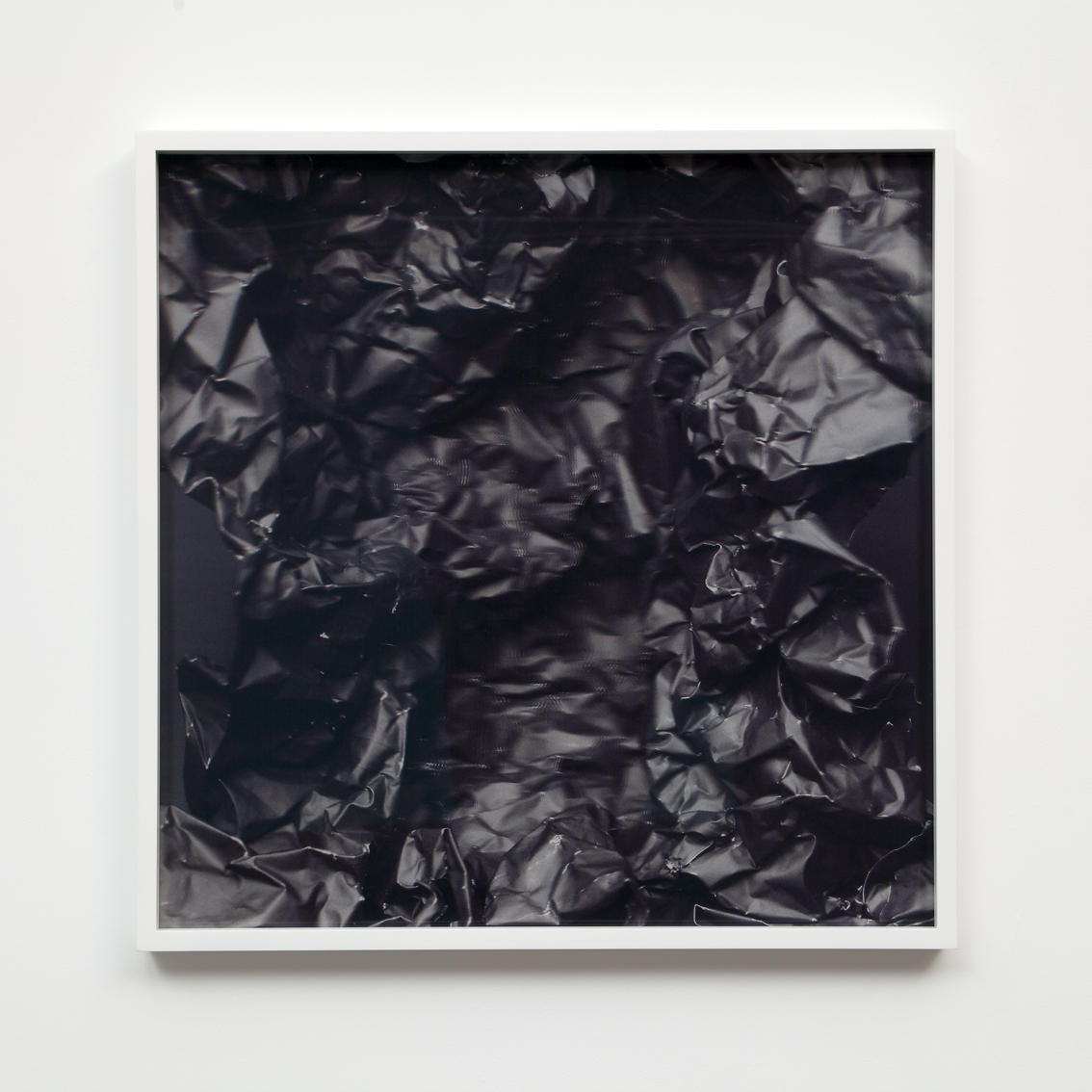 Foil (black) I  3D lenticular photograph 60x60 cm.