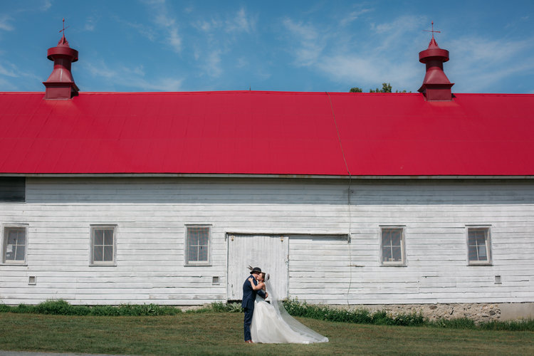 shaker_heritage_barn_wedding_0023.jpg