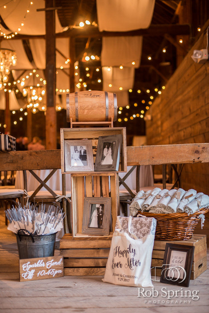 shaker_heritage_barn_wedding_019.JPG