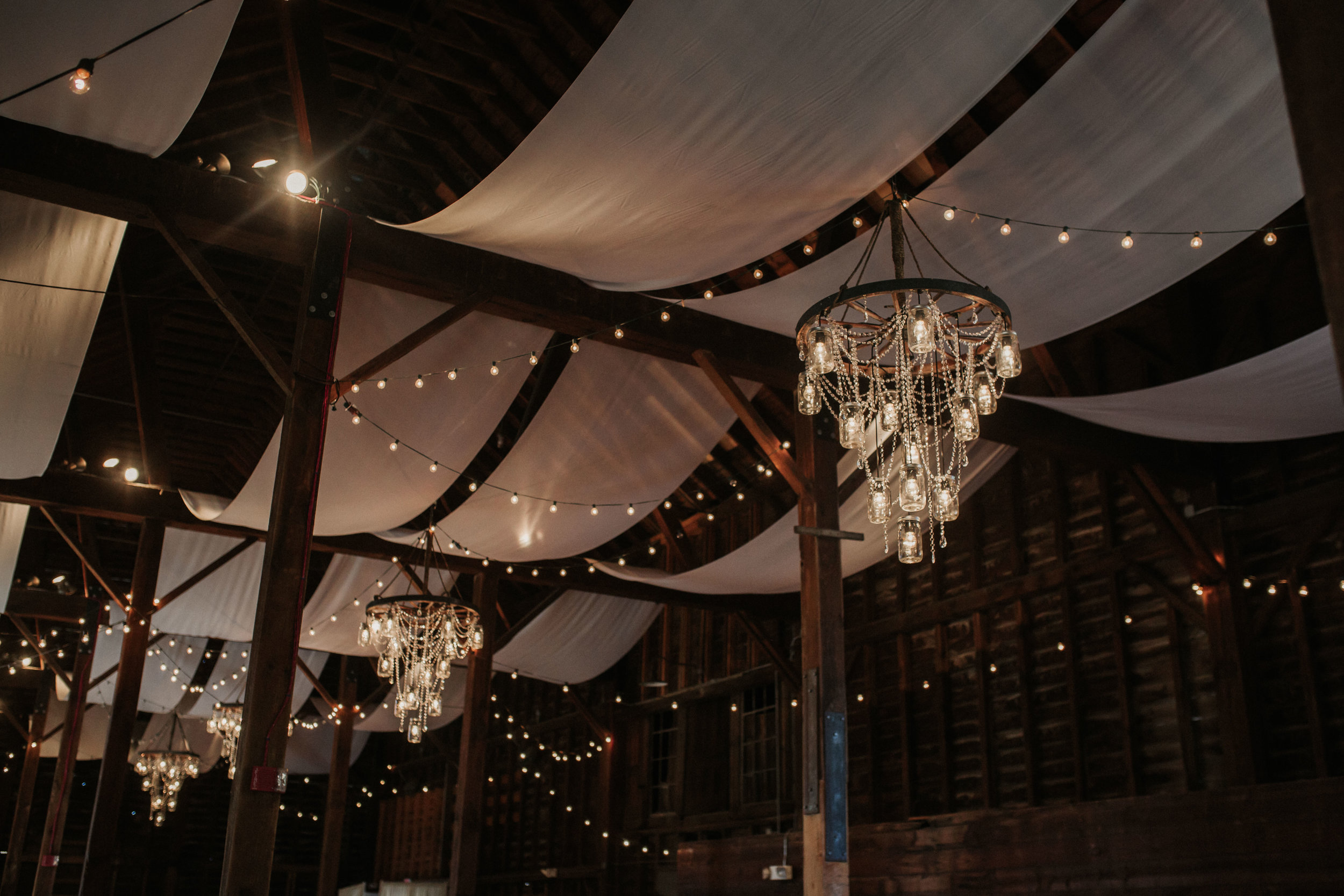 shaker_heritage_barn_decor_002.JPG