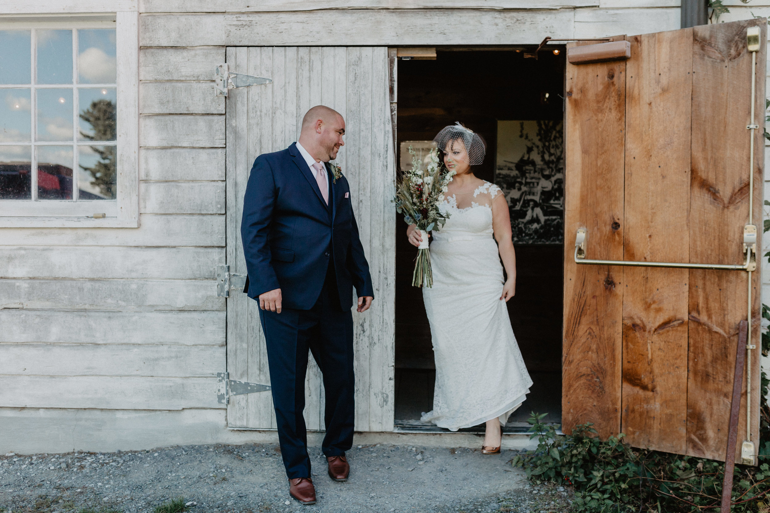 shaker_heritage_barn_wedding_006.jpg