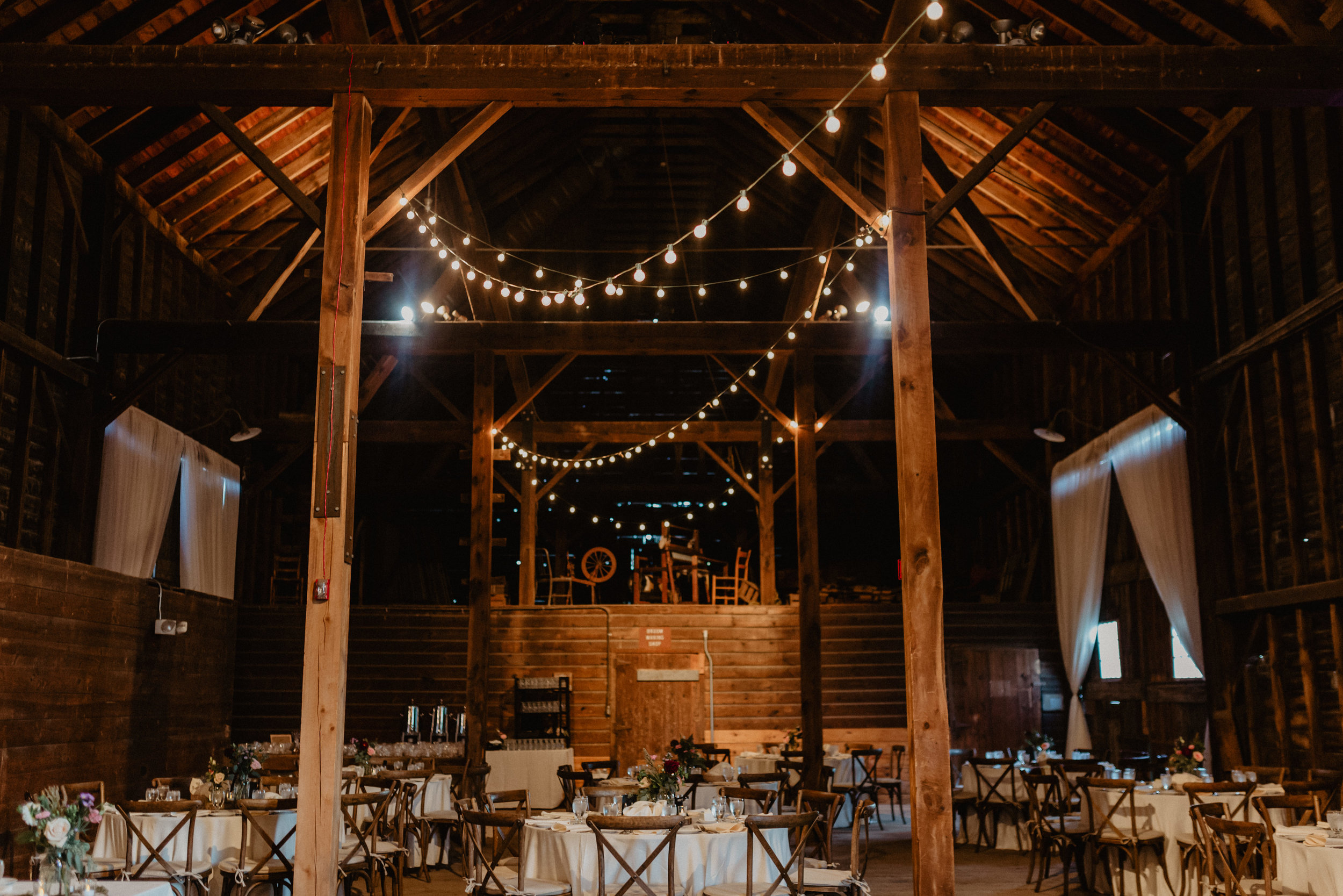 shaker_heritage_barn_wedding_032.jpg