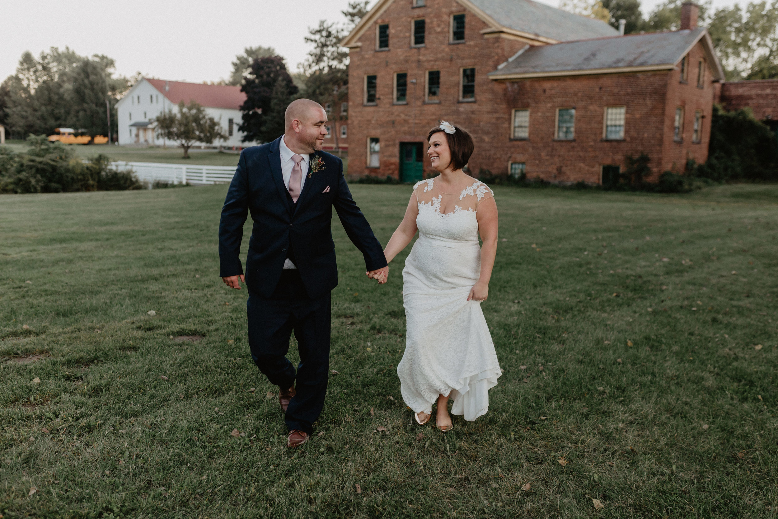 shaker_heritage_barn_wedding_039.jpg