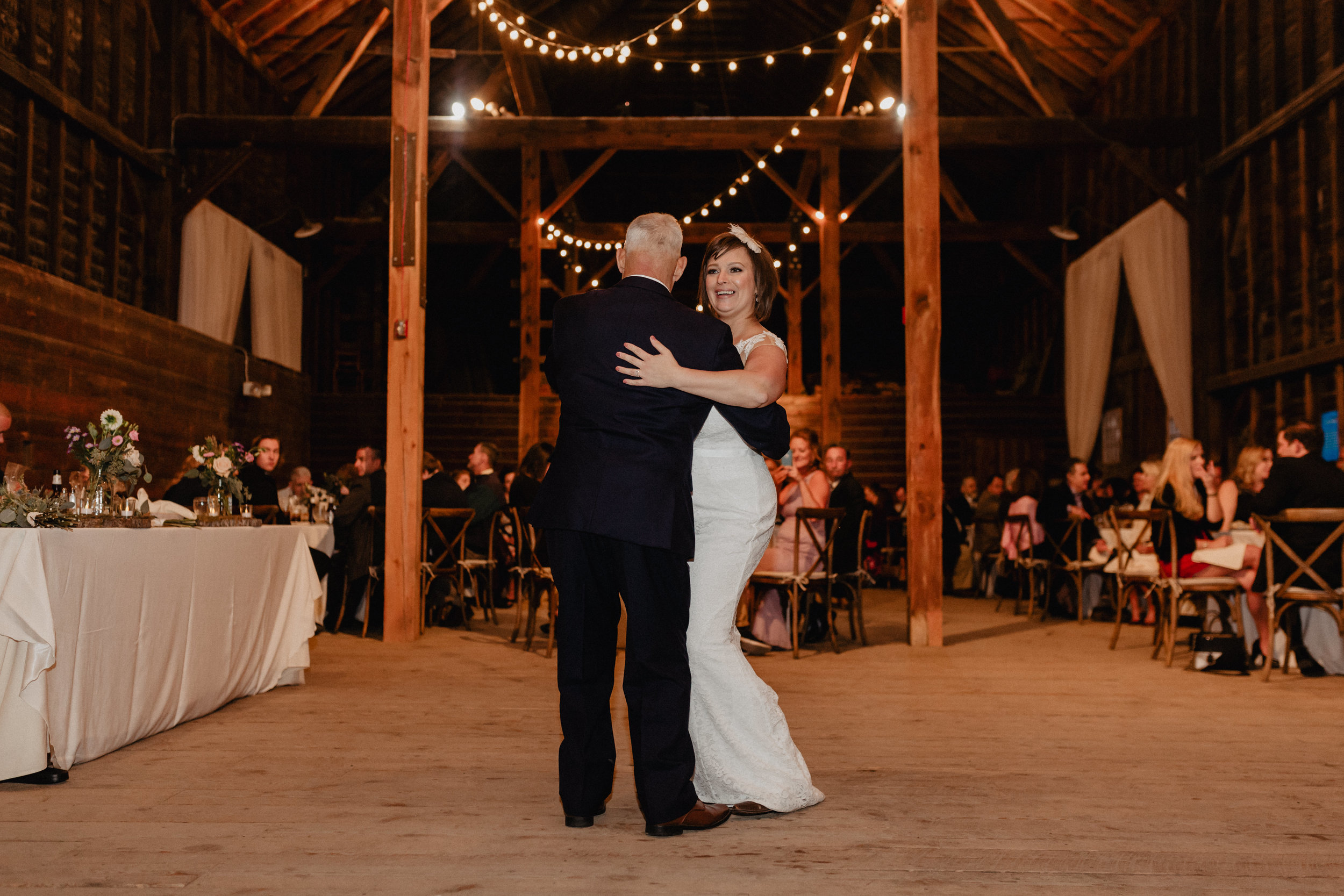 shaker_heritage_barn_wedding_046.jpg