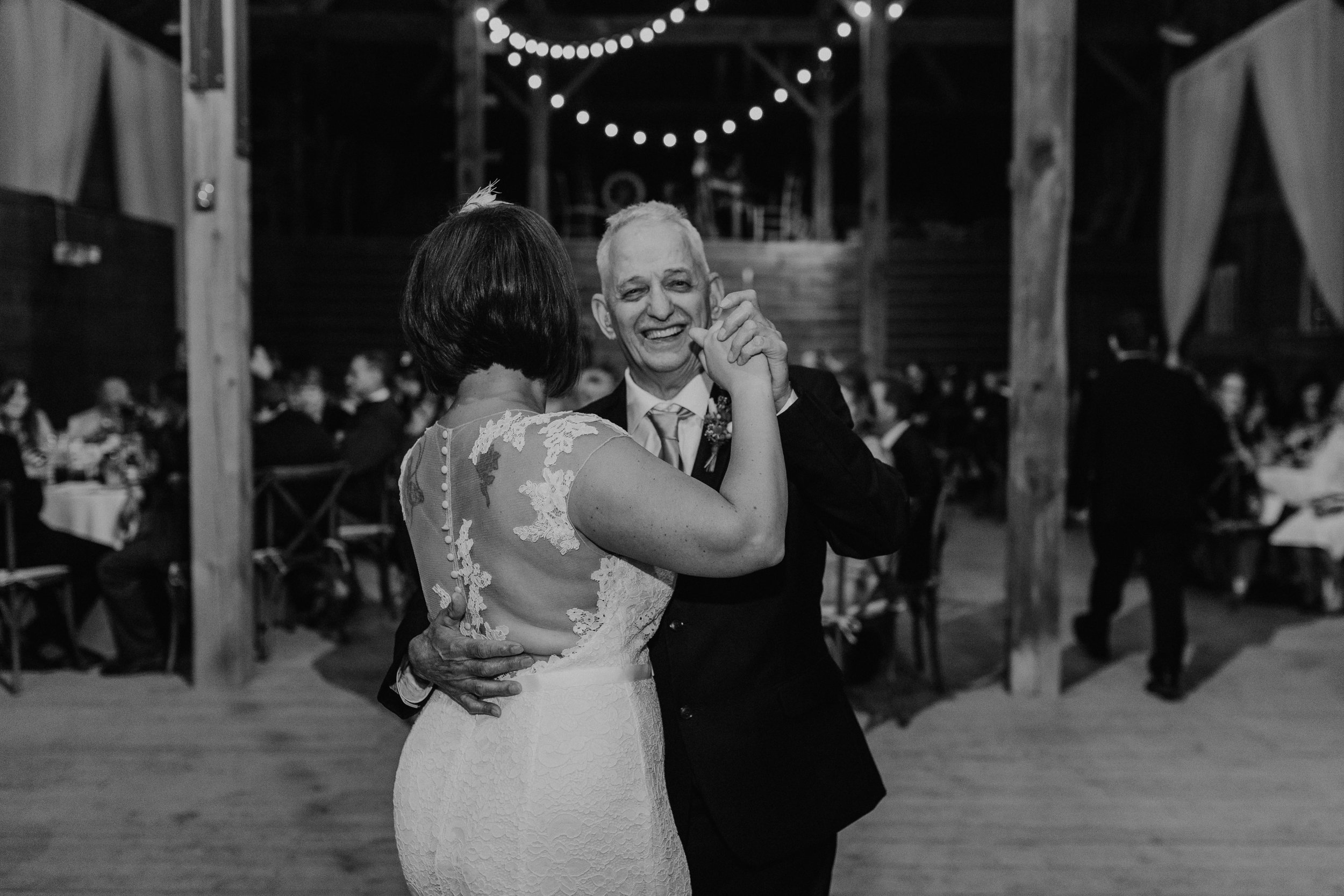 shaker_heritage_barn_wedding_047.jpg
