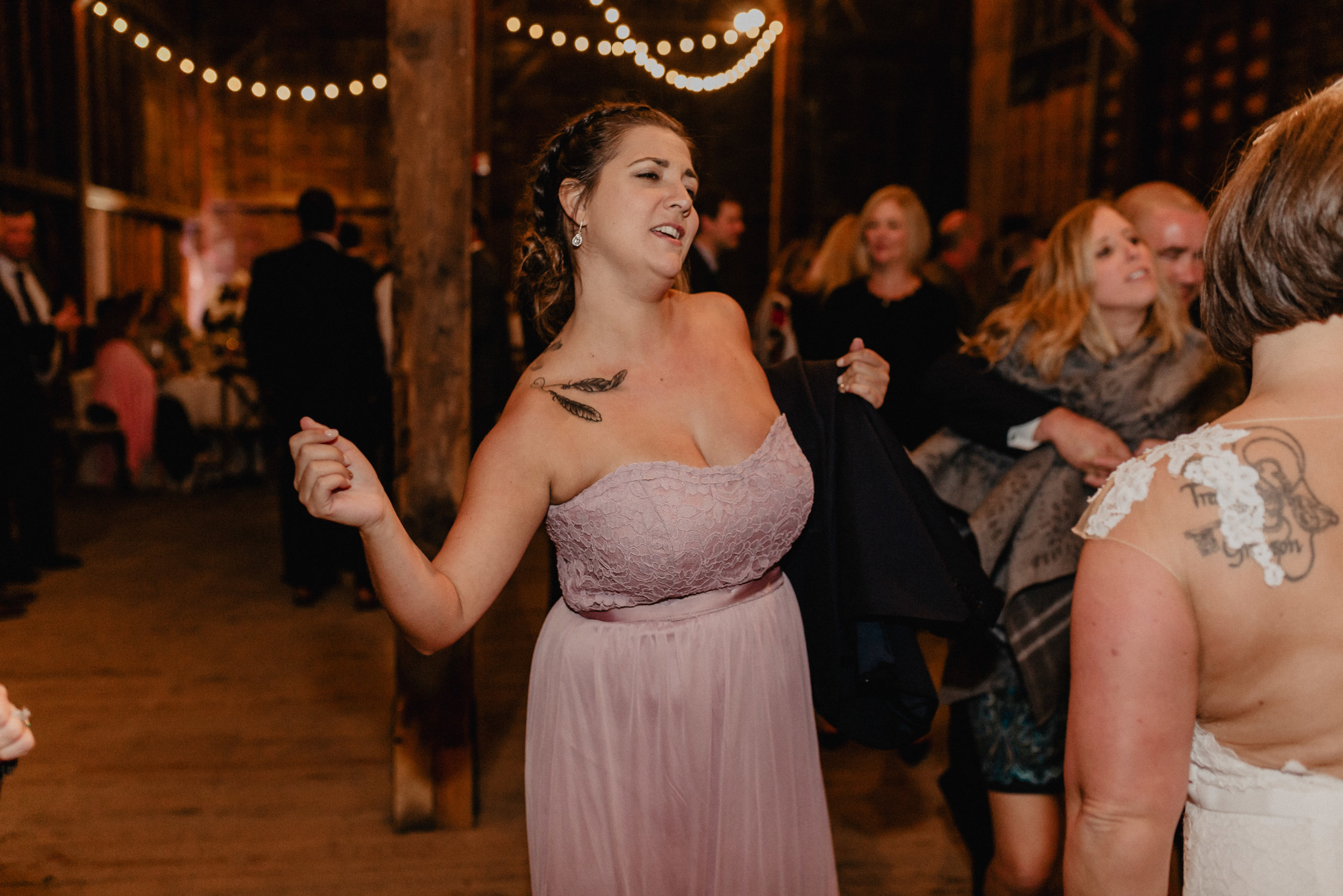 shaker_heritage_barn_wedding_053.jpg
