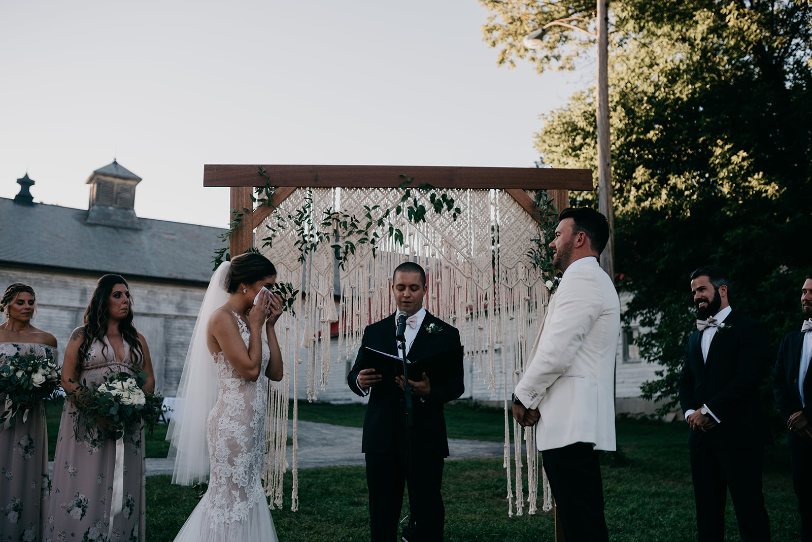 shaker_heritage_barn_wedding_020.jpg