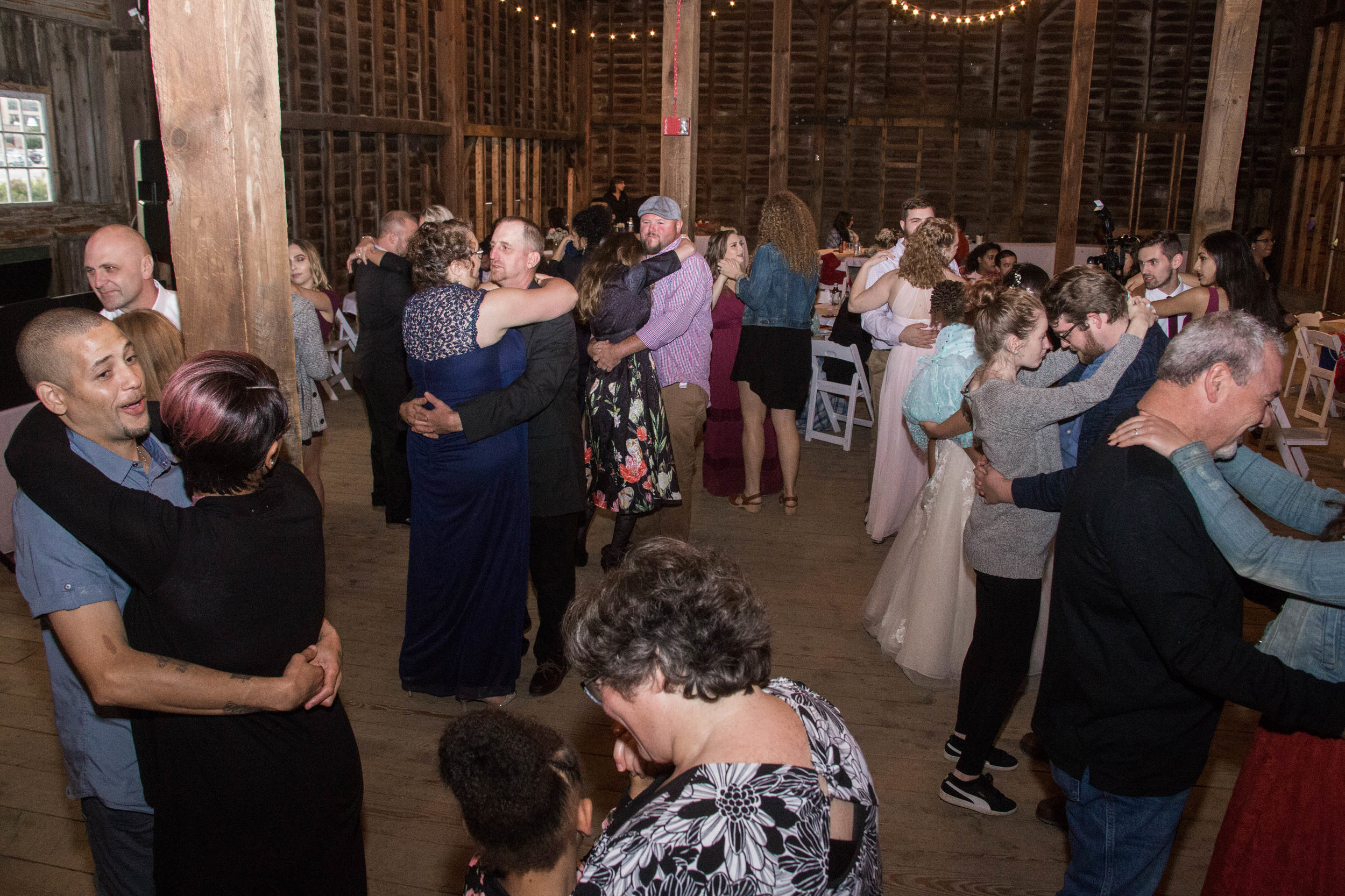 shaker_heritage_barn_wedding_013.jpg