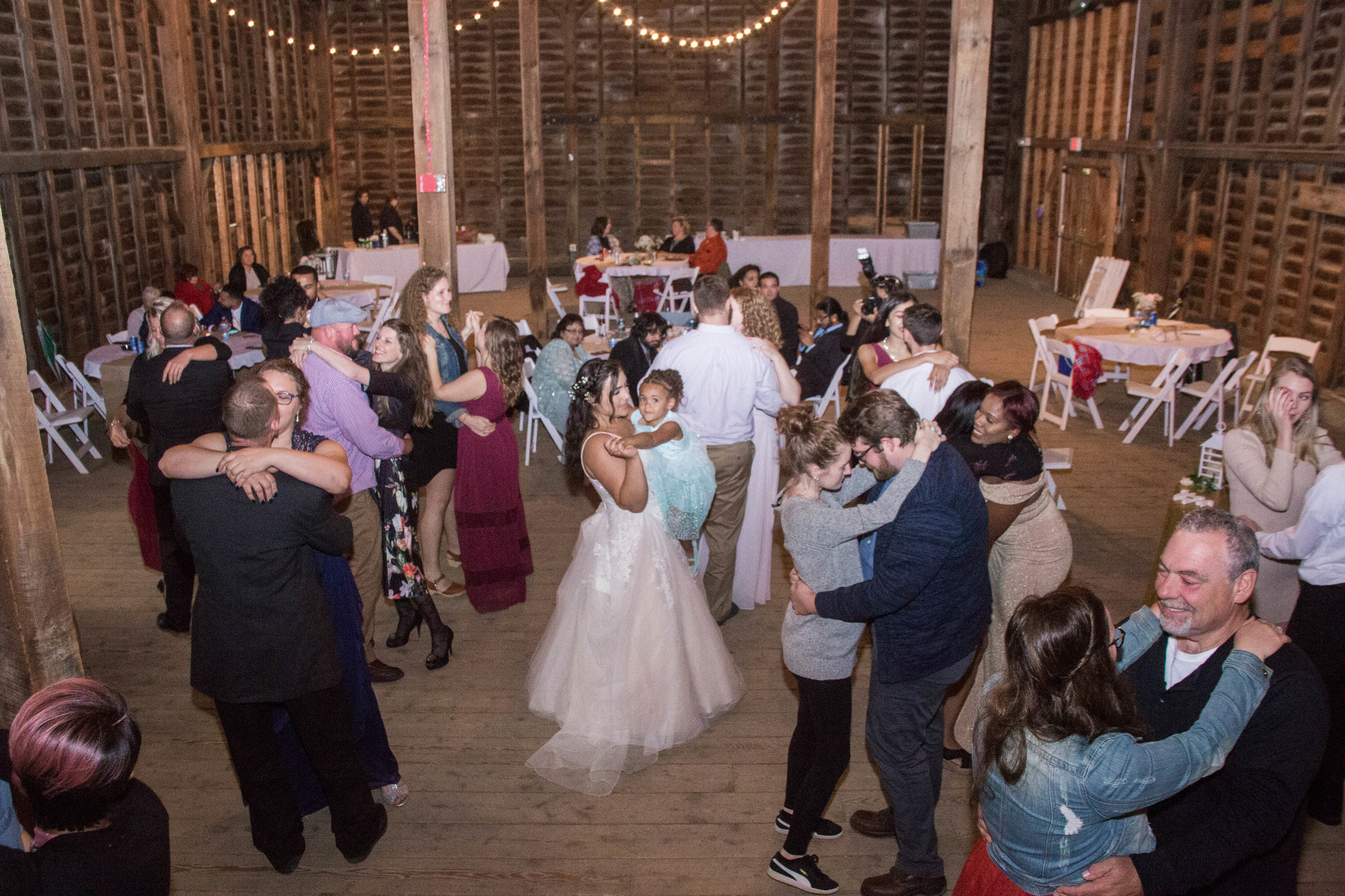 shaker_heritage_barn_wedding_014.jpg