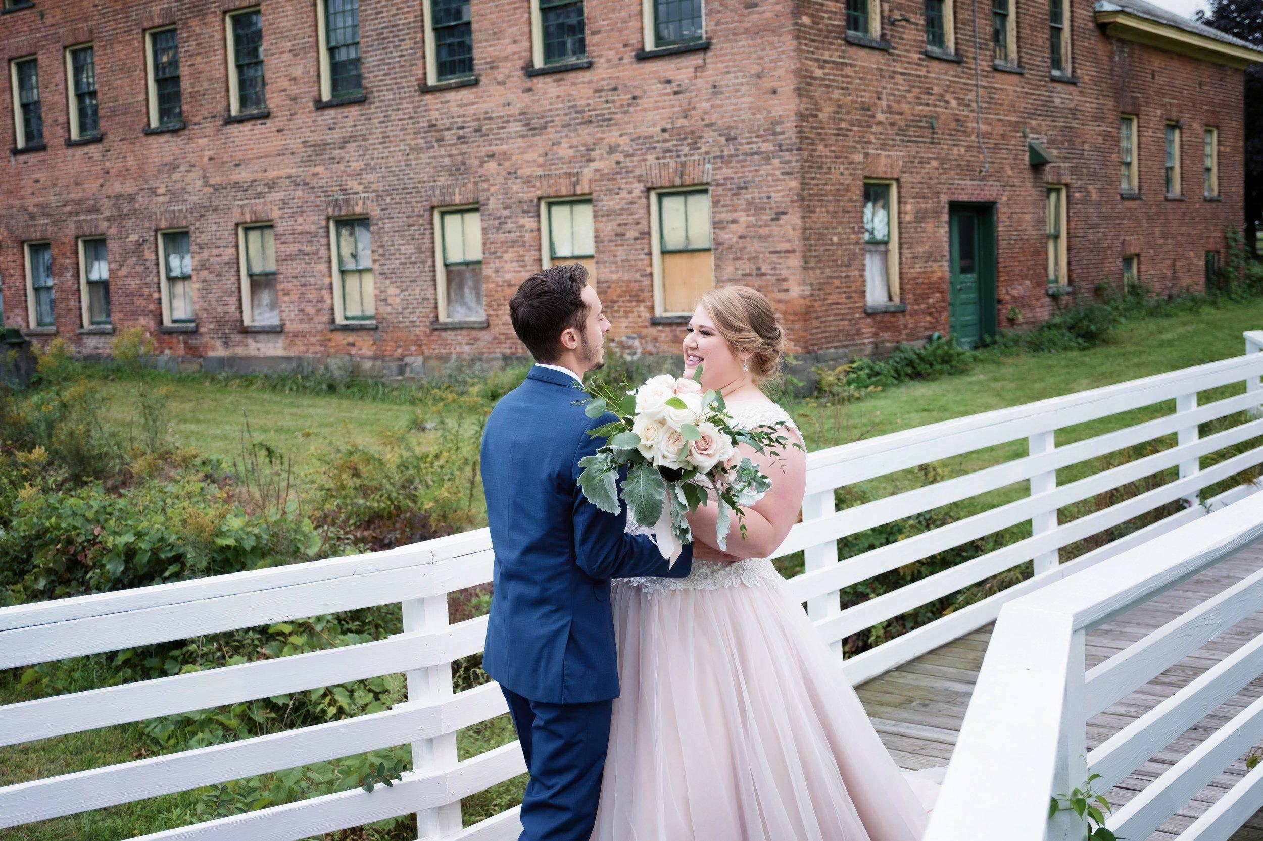 shaker-heritage-barn-wedding-photos-011.jpg