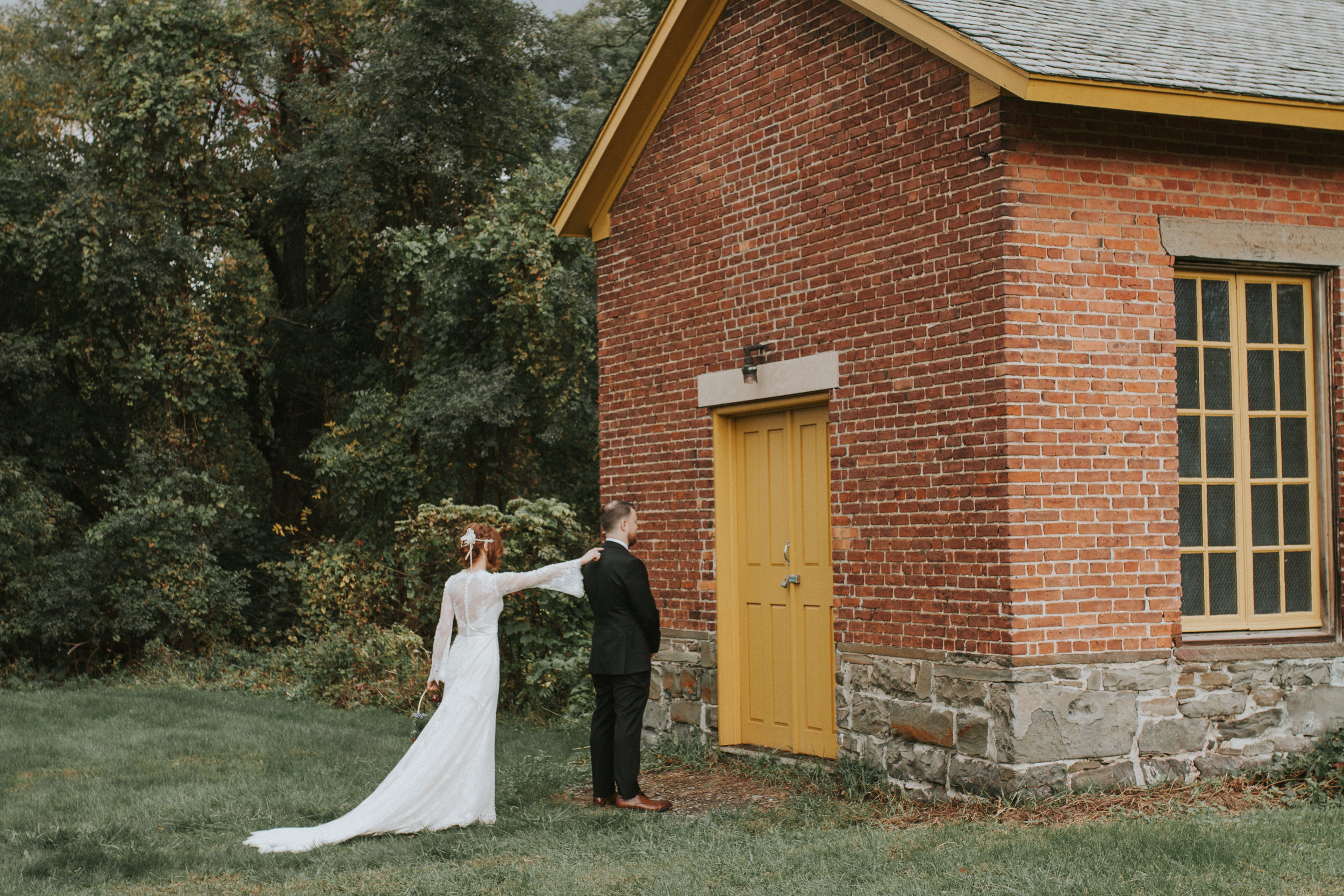 shaker_heritage_barn_wedding_001.jpg