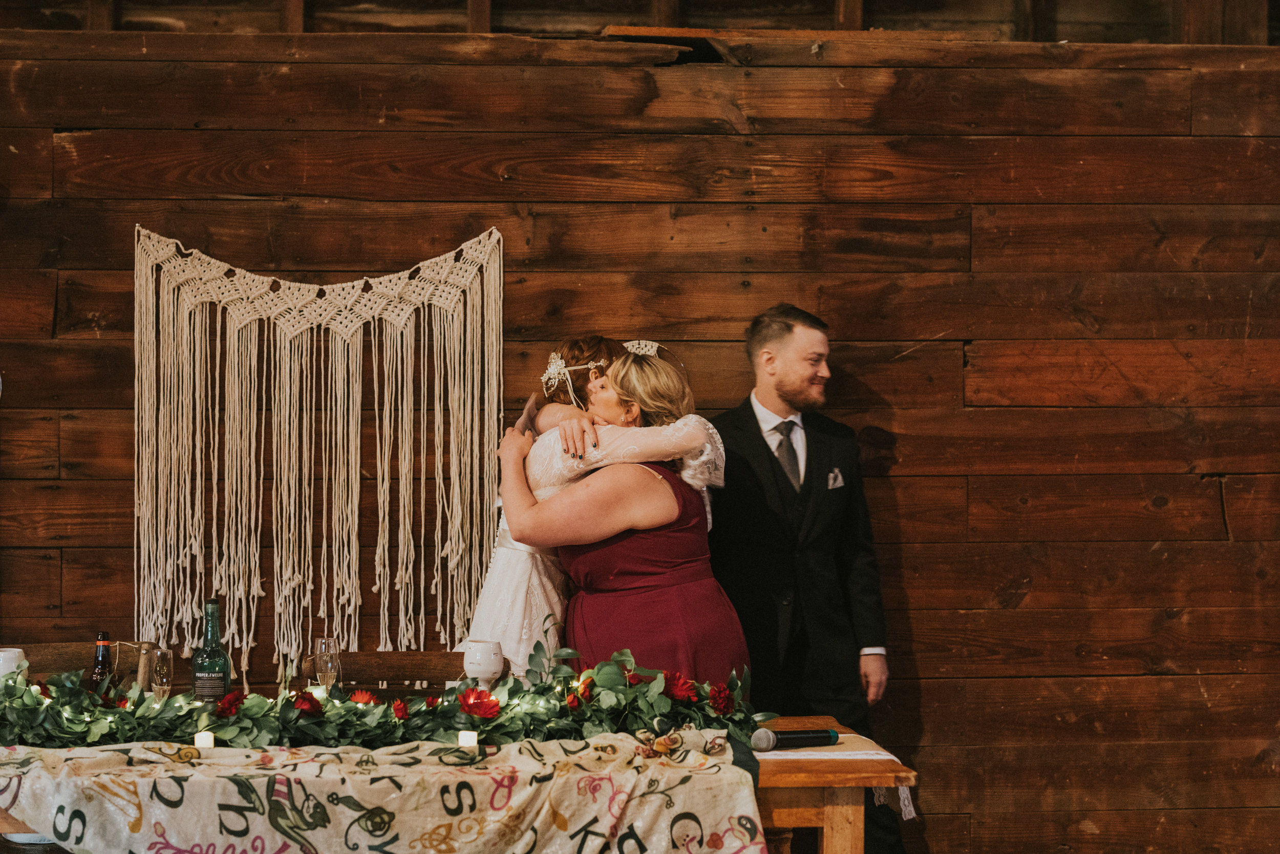 shaker_heritage_barn_wedding_034.jpg