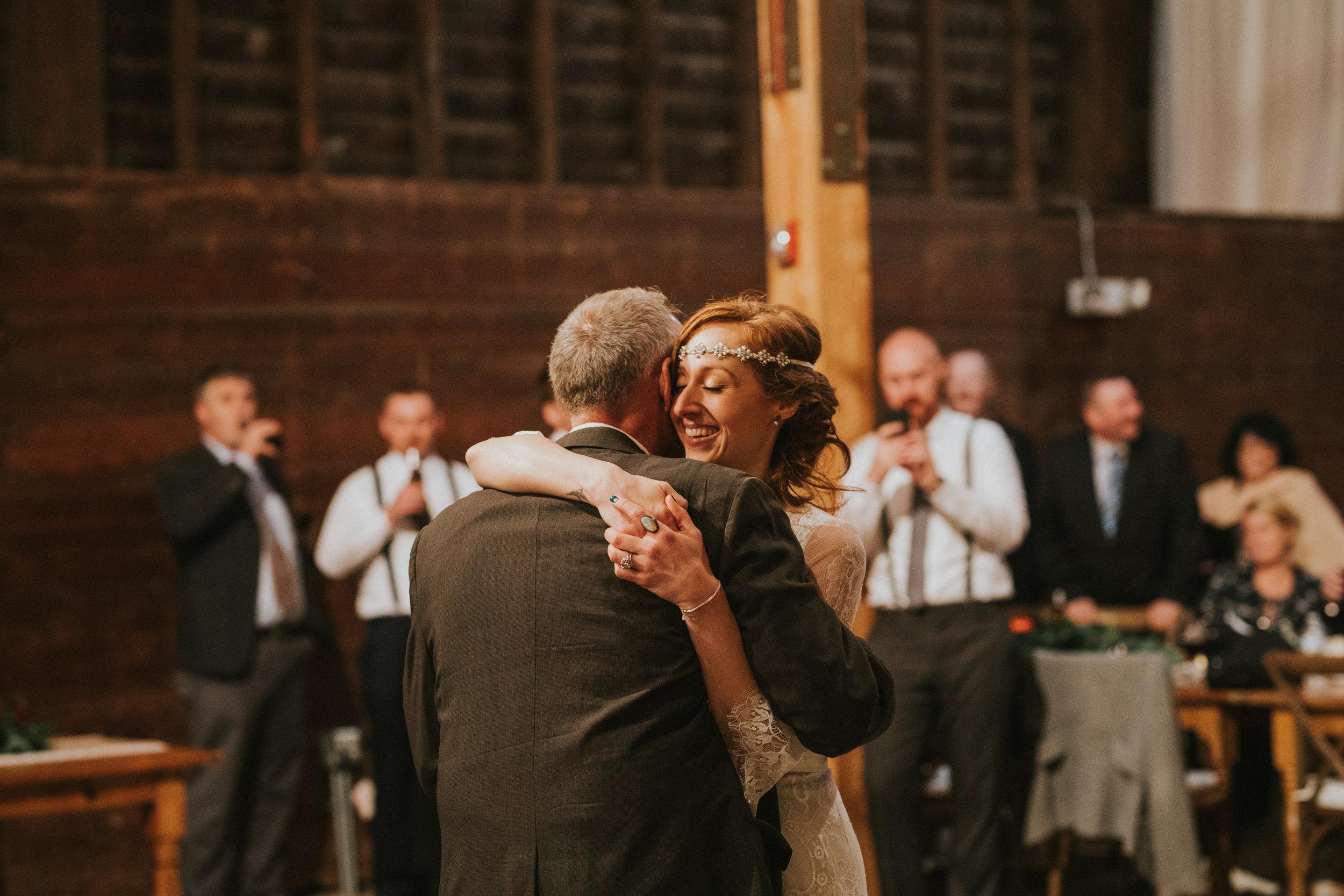 shaker_heritage_barn_wedding_042.jpg