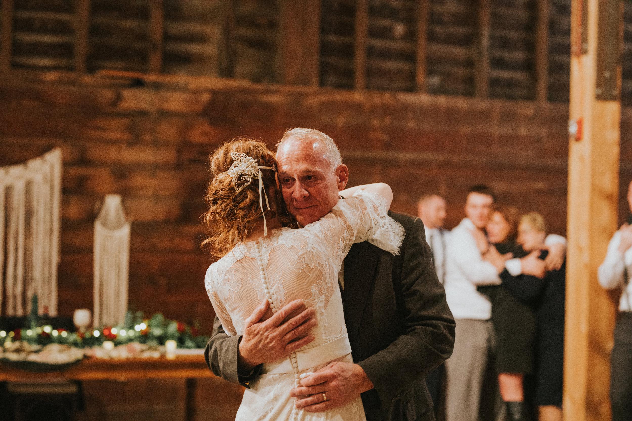 shaker_heritage_barn_wedding_046.jpg