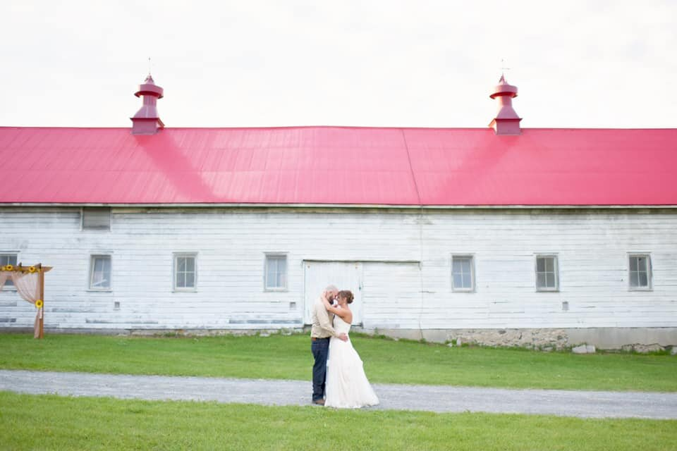 shaker-heritage-barn-wedding-day001.jpg