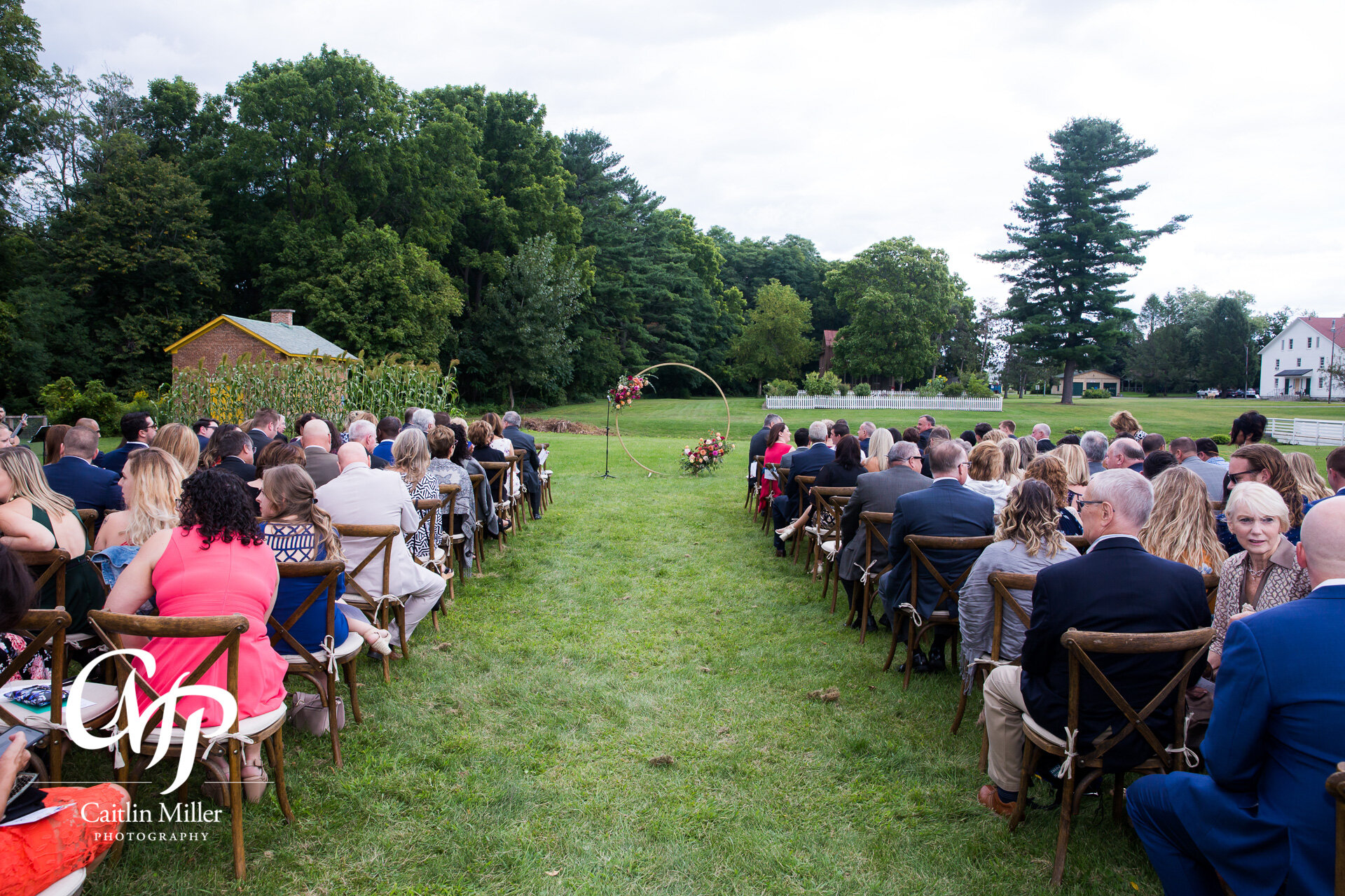 shaker-heritage-barn-wedding-day010.jpg